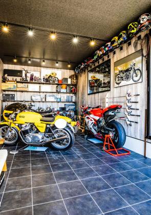 平屋×バイクガレージ